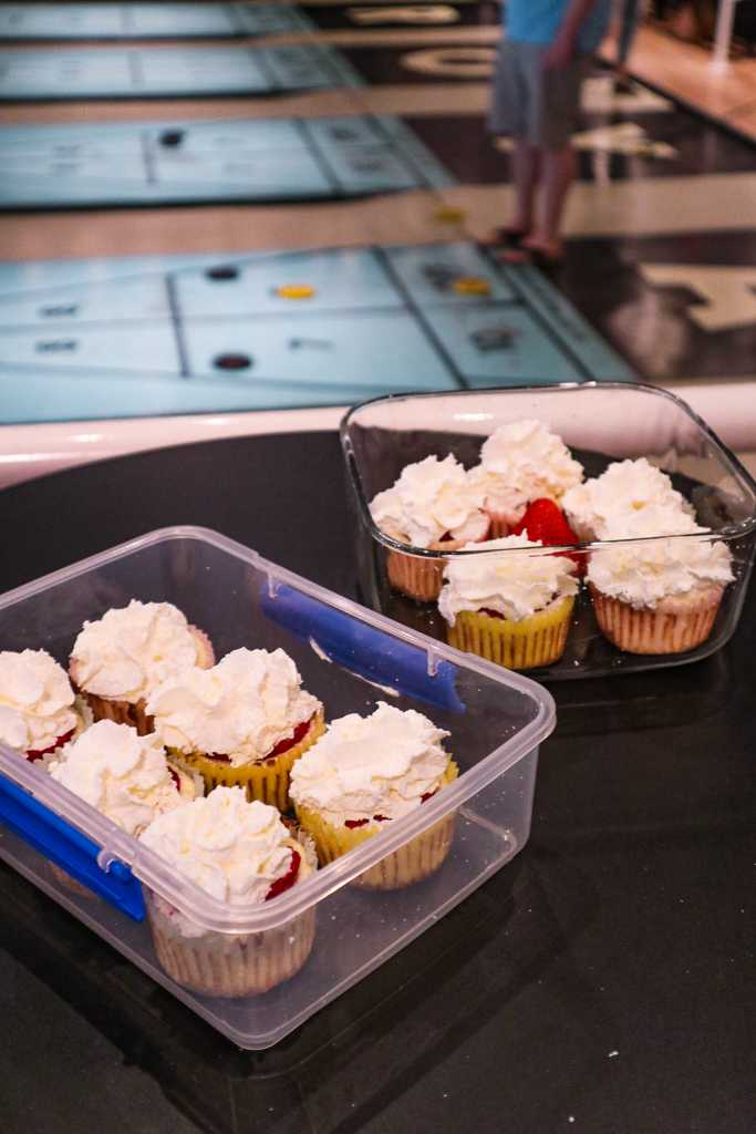 Image of Keto Strawberry Cheesecake Cupcakes, a keto recipe